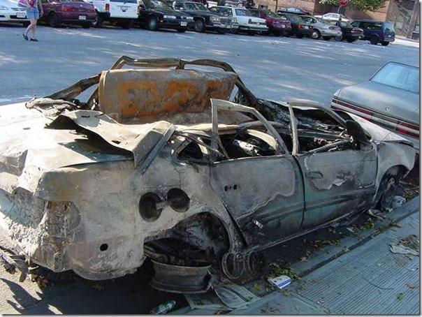 Nok en oppløst bil 11. september 2001 World Trade Center
