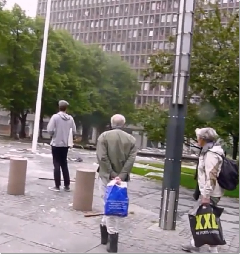 Tre vitner ser bombemannen