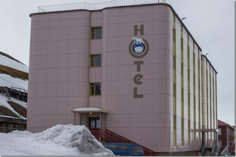 Hotell i Barentsburg (1 of 1)
