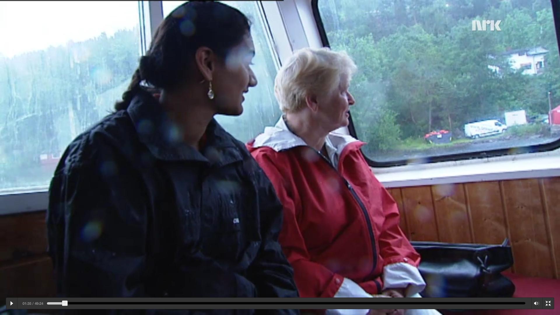 I NRK-dokumentaren 22.07.2011, følger et filmteam Gro Harlem Brundtland på ferden over fra landsiden til Utøya med MS Thorbjørn. Her ser vi Bislet Bilutleie-bilen stå parkert rett ved siden av kaia på landsiden.