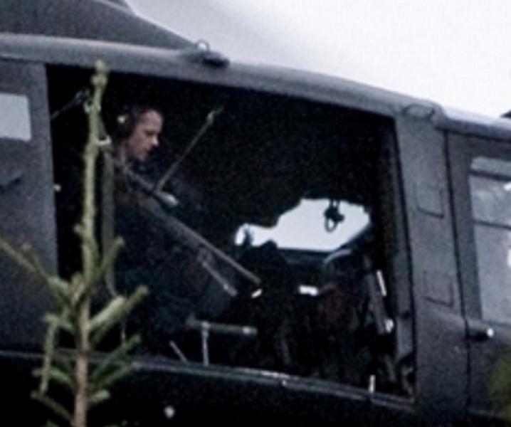 Skarpskytter_helikopter_Utøya